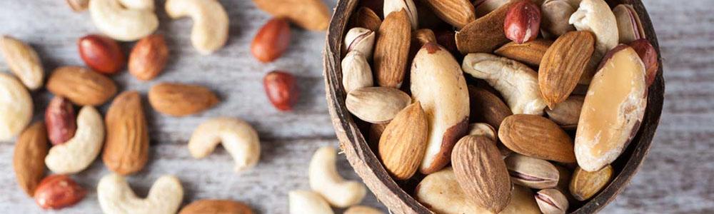 De ce este bine sa mananci nuci si seminte